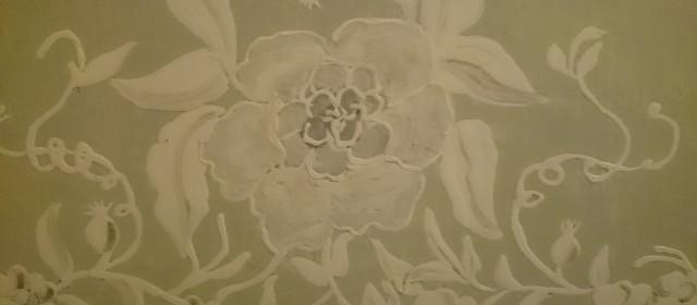 Von wegen Sonnengelb! Mintgrün mit Lasur von Veroneser grüner Erde. Nämlich!